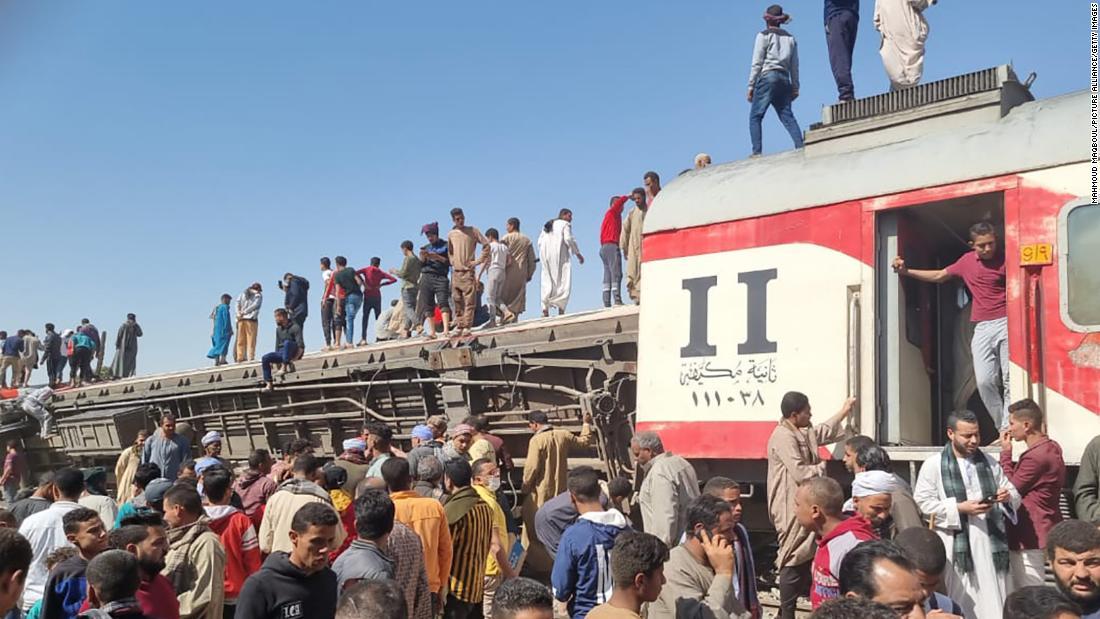 accidente-tren-egipto-3
