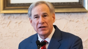 Expertos advierten sobre un potencial aumento del covid-19 mientras varios gobernadores de EE.UU. están aflojando las restricciones