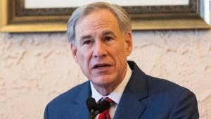 gobernador-texas-greg-abbott-covid-19-pruebas-inmigrantes