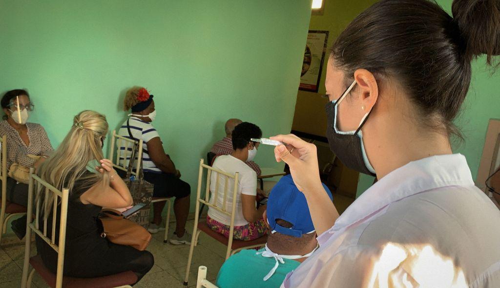 Cuba incluye a miles en pruebas de vacunas contra el covid