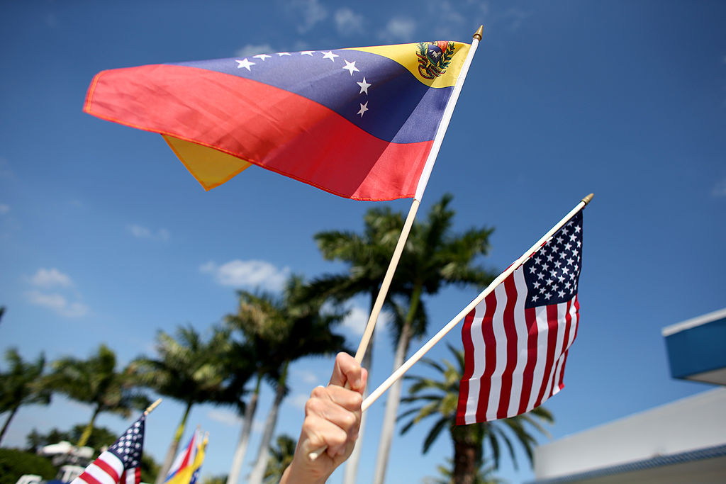 El Gobierno de Biden otorga TPS a venezolanos