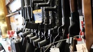Biden toma medidas para el control de armas en EE.UU.