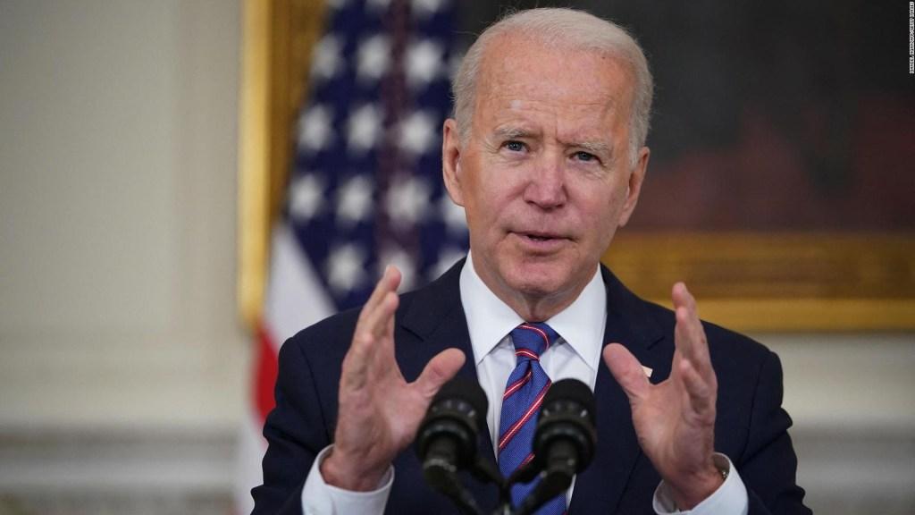 Biden recibe baja aprobación en manejo de la migración