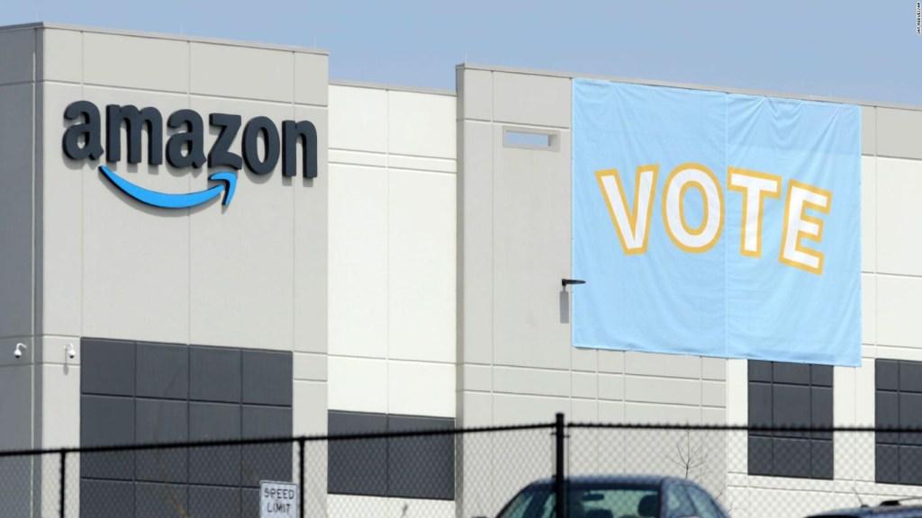 Grupo de trabajadores en Alabama tiene a Amazon en vilo