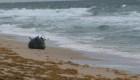Hallan posible explosivo militar en playa de Florida