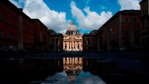 ¿Está rezagada la jerarquía de la Iglesia católica?