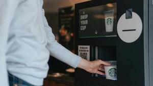 Starbucks lanza una iniciativa para reducir su residuos