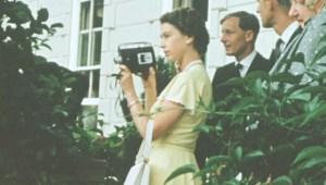 """Presentan imágenes """"íntimas"""" de la reina Isabel II"""