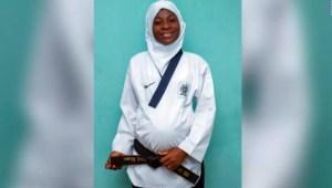 Embarazada gana medalla de oro en evento de taekwondo