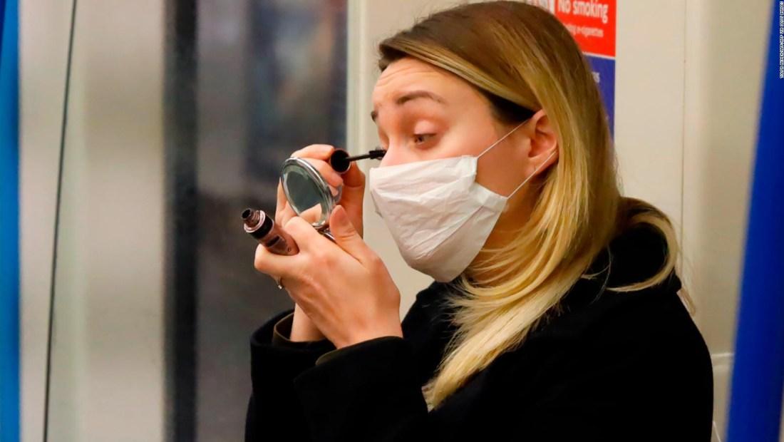 Consejos de una experta para usar maquillaje y mascarilla