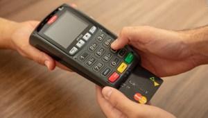 Mastercard lanza calculadora que mide tu huella de carbono