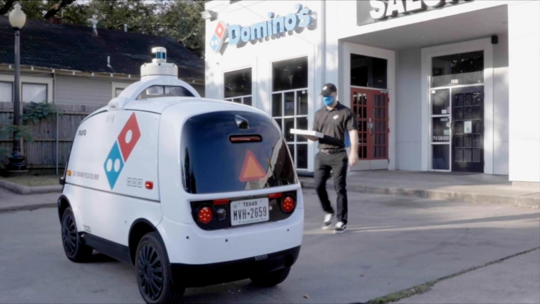 Robot hará entrega de pedidos de Domino's Pizza