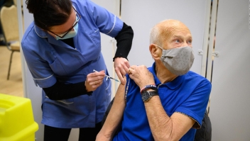 Disminuirá eficacia de algunas vacunas, según científica