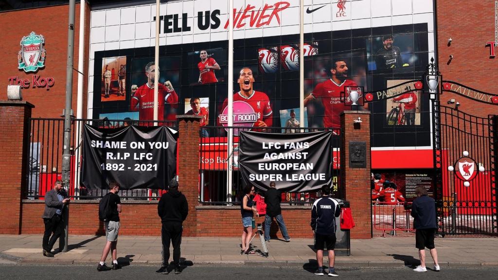 ¿Por qué la UEFA va en contra de los grandes clubes?
