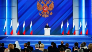 Putin advierte a los manifestantes en su discurso anual
