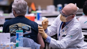 La vacunación se aceleró tras la llegada de Biden