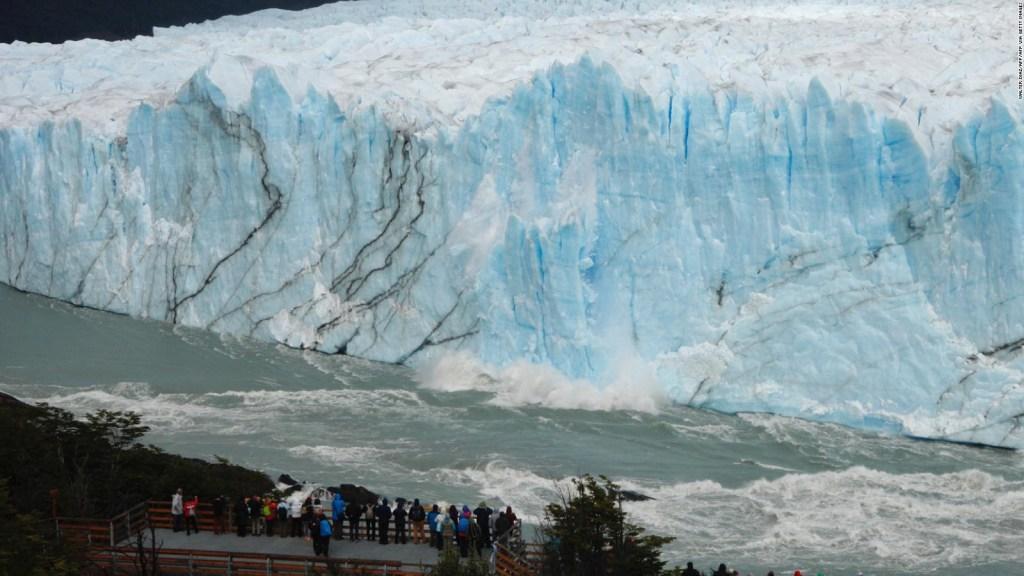 Sorprendente desprendimiento en el glaciar Perito Moreno