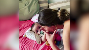 Joven recauda US$ 2 millones para ayudar a un bebé