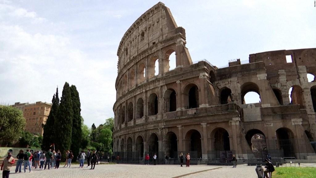 El Coliseo de Roma reabre al público
