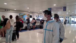 Multan por viajar a Puerto Rico sin prueba covid negativa