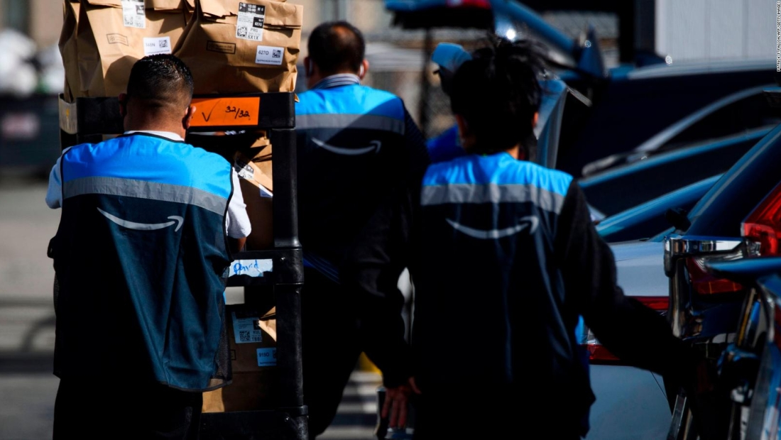 Amazon aumentará el salario a 500.000 empleados