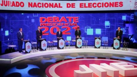 Peruanos tienen 18 candidatos presidenciales para elegir.
