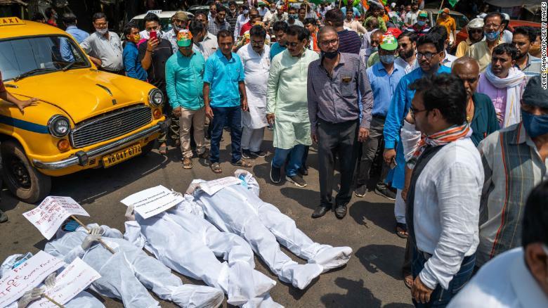 India covid record muertes hospitales