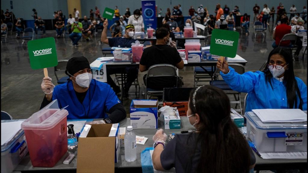 Aumento de contagios por covid-19 provoca revés en Puerto Rico