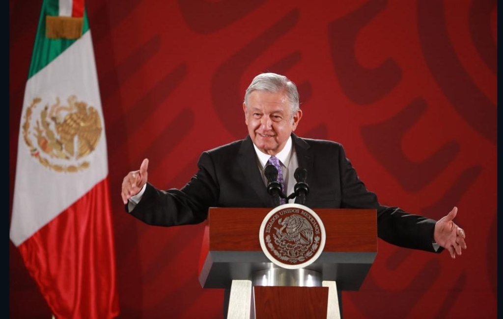 They accuse AMLO of going against freedom of expression