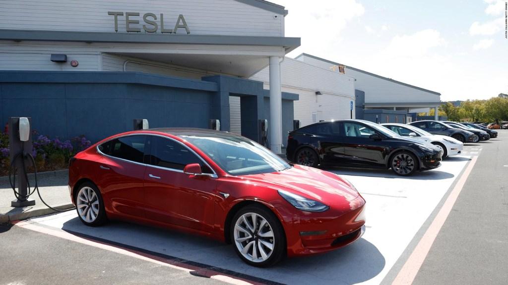 Inquietud en China por expansión de Tesla en el país