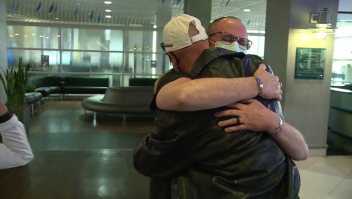 Dos hermanos se conocen después de 60 años