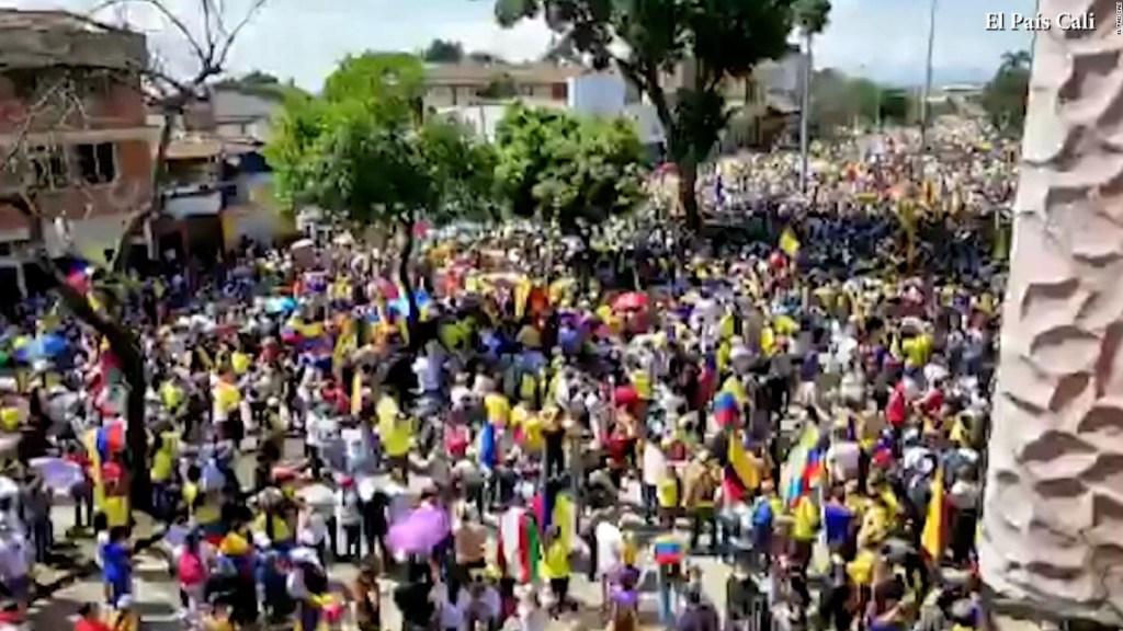 Manifestación pacífica en Cali por la reforma tributaria