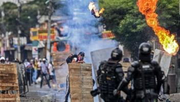 Colombia amnistía Piden buscar el diálogo y dejar los abusos en Colombia