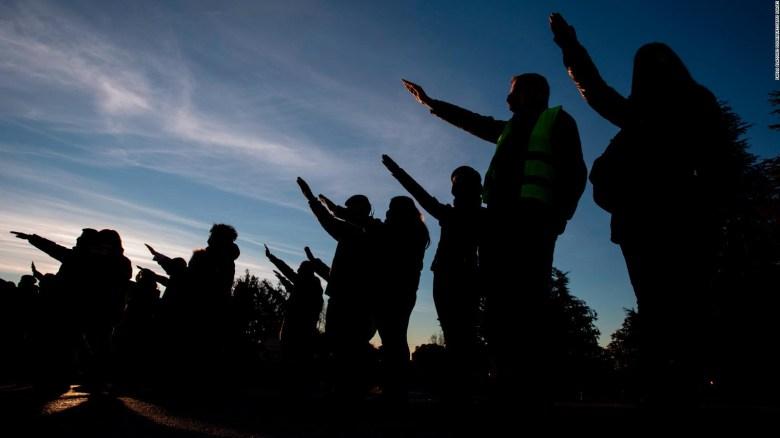 ¿A qué se debe el repunte de movimientos autocráticos?