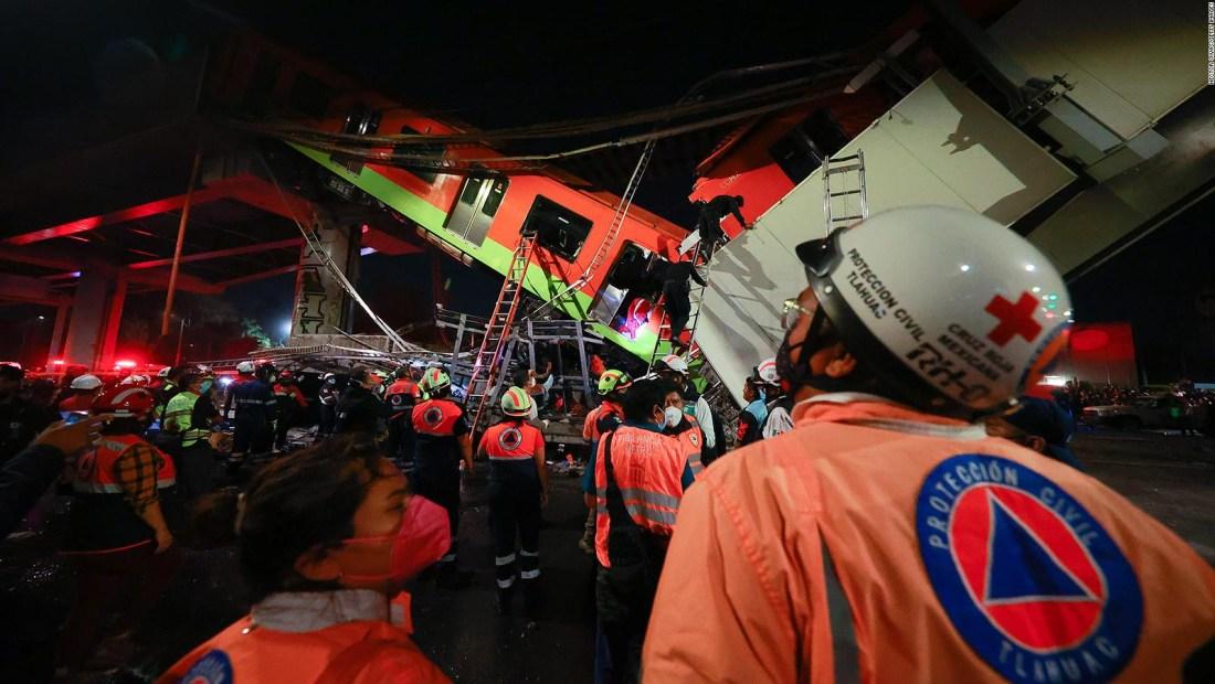 Una familia y dos víctimas en derrumbe del metro de México
