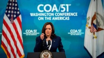 Harris critica la destitución de jueces en El Salvador