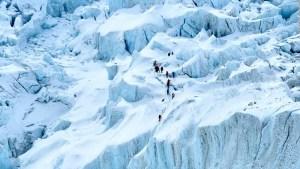 China dividirá la cima del Everest, conoce las razones
