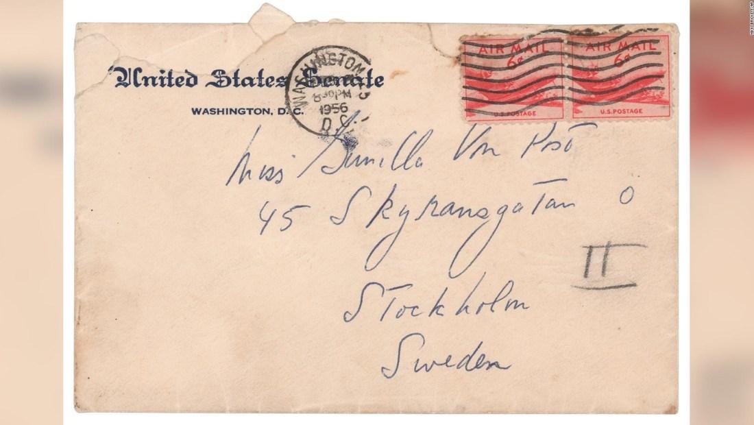 Subastaron las cartas de JFK a su amante sueca
