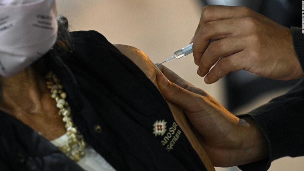 Cómo es la vacunación a mayores de 60 en Buenos Aires