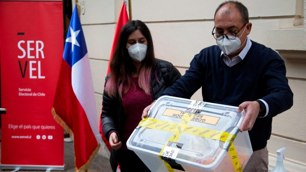 Chile elige a quienes escribirán la nueva Constitución