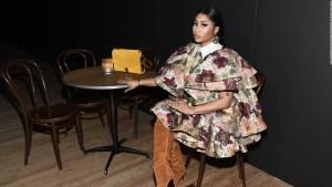 "Nicki Minaj es tendencia al relanzar ""Beam Me Up Scotty"""