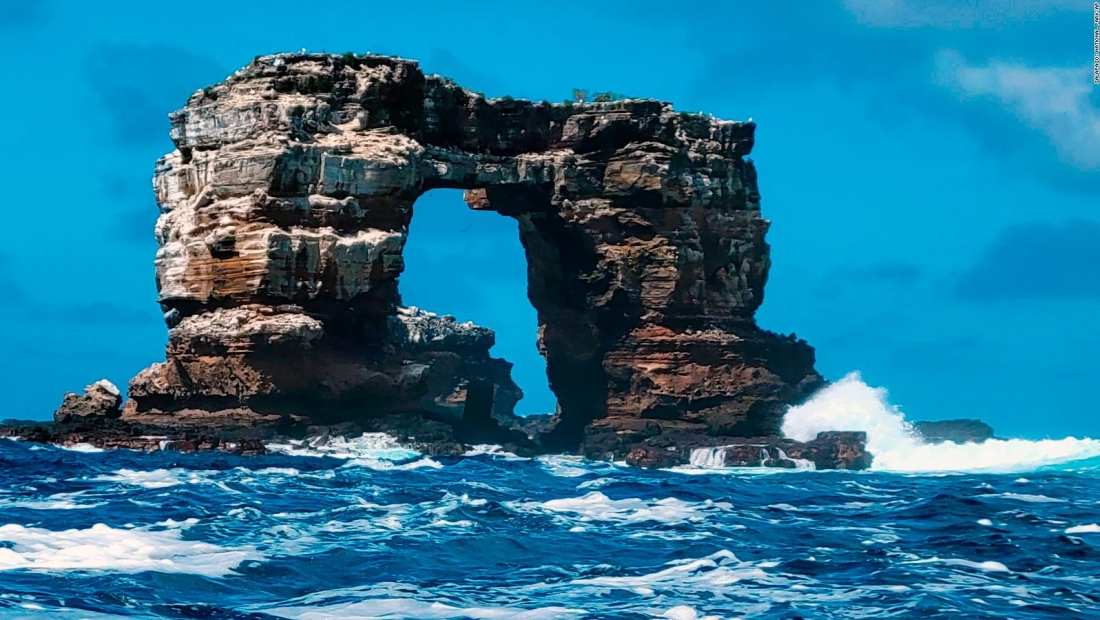 """Se derrumba el """"Arco de Darwin"""" de las Islas Galápagos"""