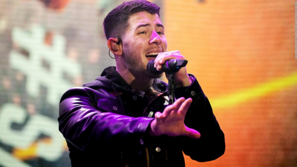 Nick Jonas recovers after accident