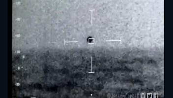 Se filtra video de un ovni que desaparece en el agua