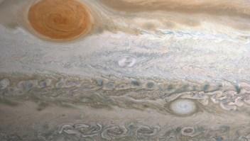 """Así se ha transformado la """"mancha de Clyde"""" en Júpiter"""