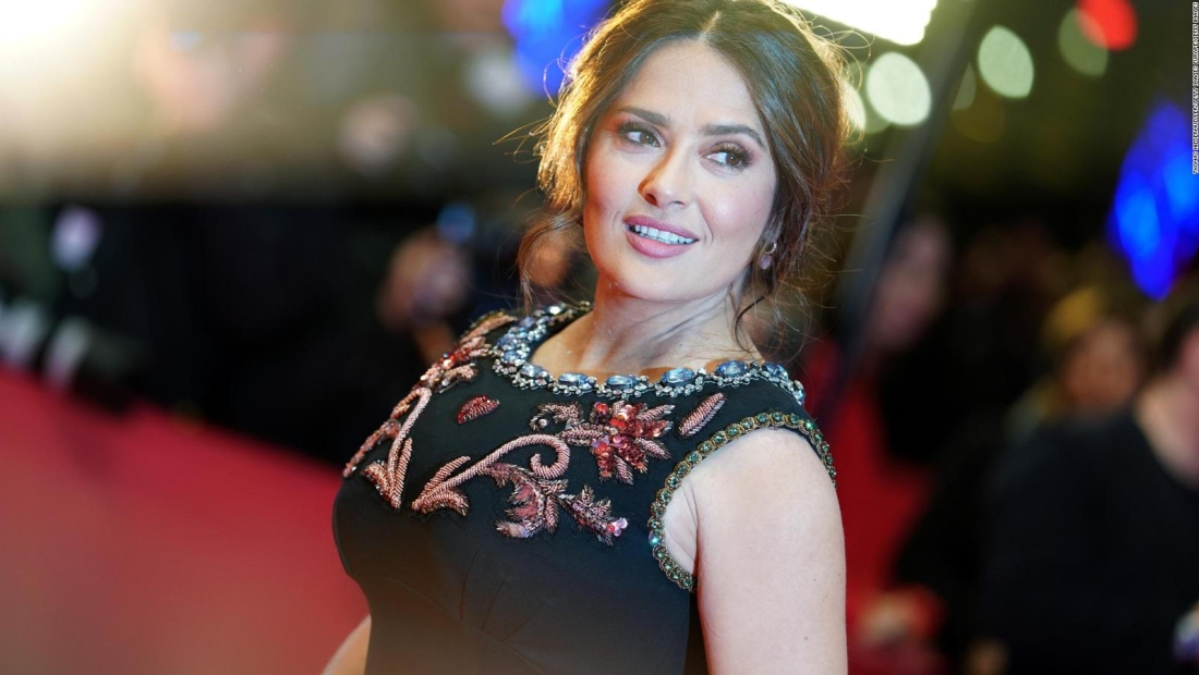 Salma Hayek relata experiencia casi fatal con el covid-19
