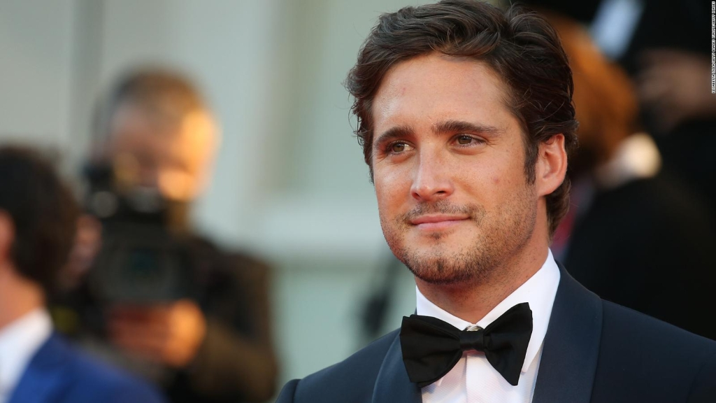 Diego Boneta and his strong message to Mexicans