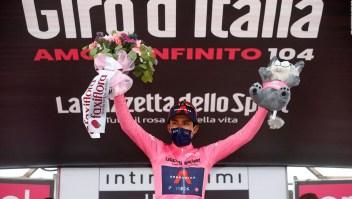 Golpe de autoridad de Egan Bernal en el Giro