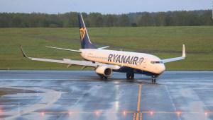 """Ryanair acusa a Belarús de """"secuestro"""" de un avión"""