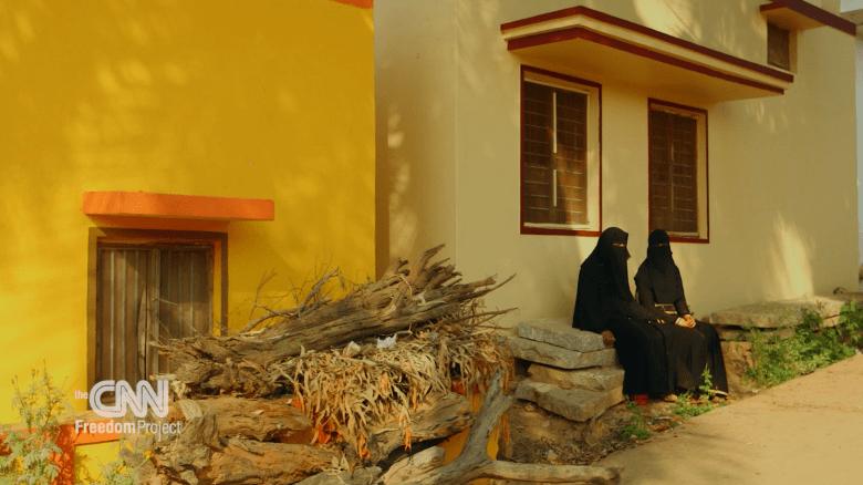 Proyecto Libertad: esclavos de seda